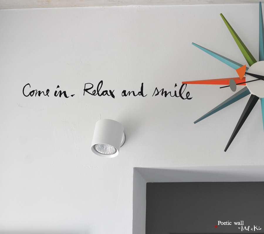 poetic-wall-stickettes-billets-doux-come-in-relax-and-smile